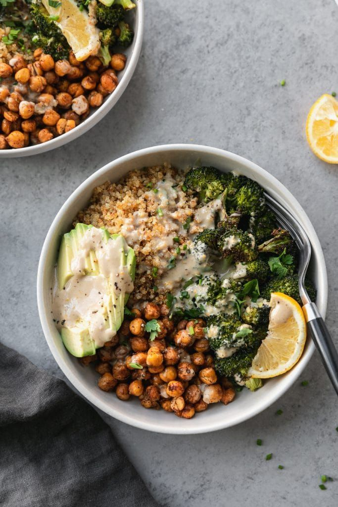Crispy Quinoa Chickpea Bowls with Roasted Broccoli and Meyer Lemon Tahini Sauce These Crispy Quinoa