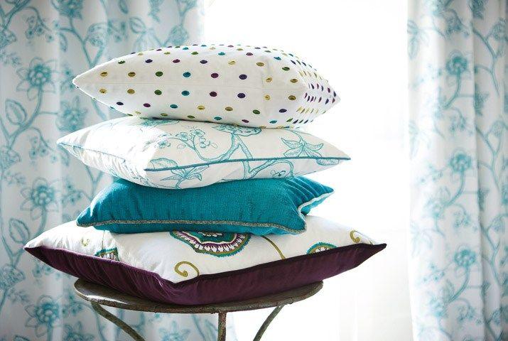 Tecidos Sanderson, colecção Coppelia. À venda na Nova Decorativa! #decoração #tecidos #homedecor #fabrics #Sanderson