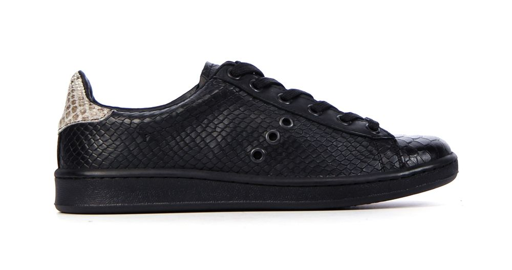 Top Bronx 65222 Zwart Sneakers van het merk Bronx voor Dames . Uitgevoerd in Zwart gemaakt van .