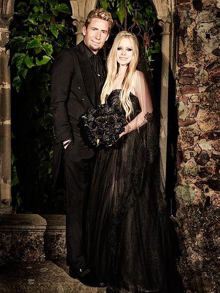 Avril Lavigne Matrimonio In Nero : My wedding my way avril lavigne black wedding dresses black