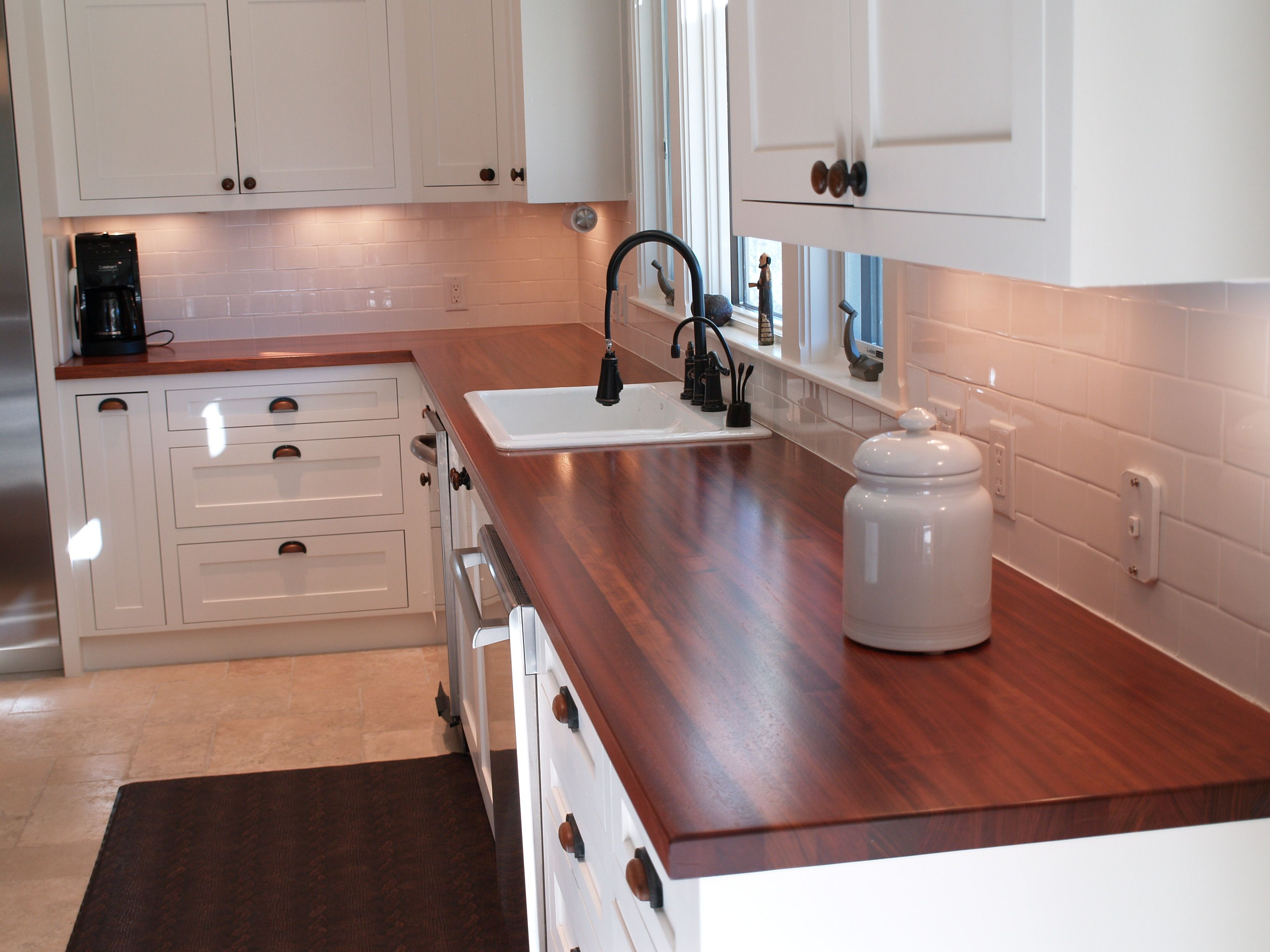 Custom Solid Wood Edge Grain Jatoba Counter Tops With Top Mount Sink And Mitre Joint Connection Wood Countertops Countertops Countertop Makeover