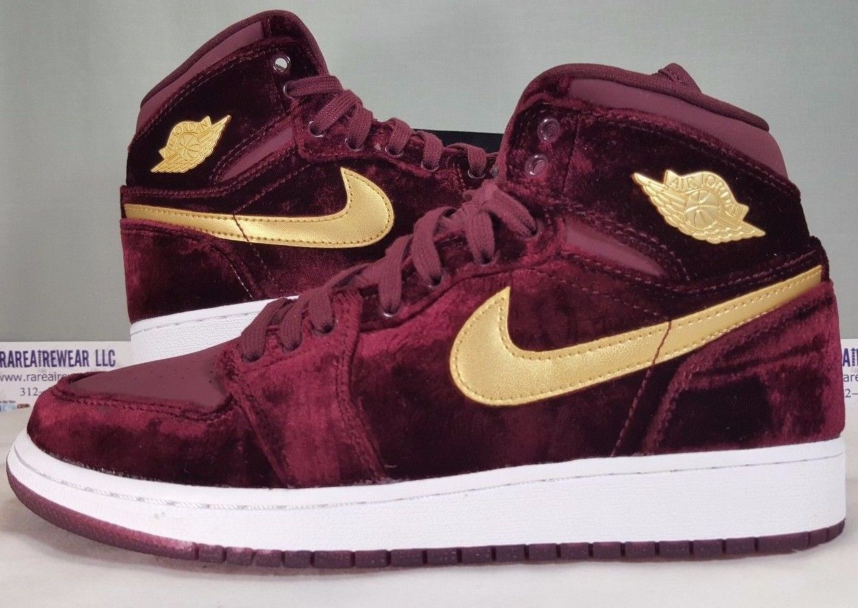 ebb3b910ba0 NIKE AIR JORDAN 1 RETRO GG NIGHT MAROON VELVET SIZE 8.5Y HEIRESS 832596 640