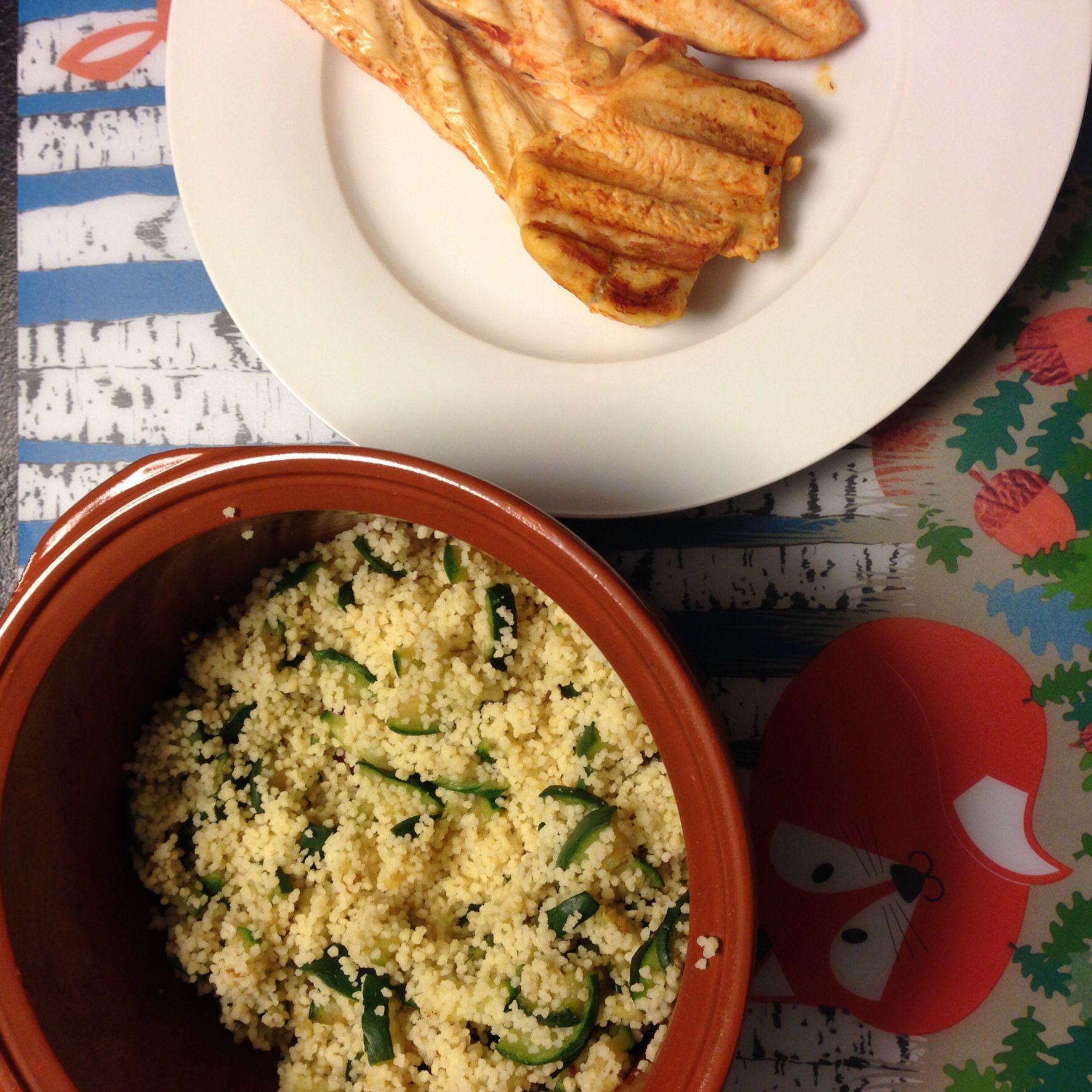 Kip en courgette-couscous