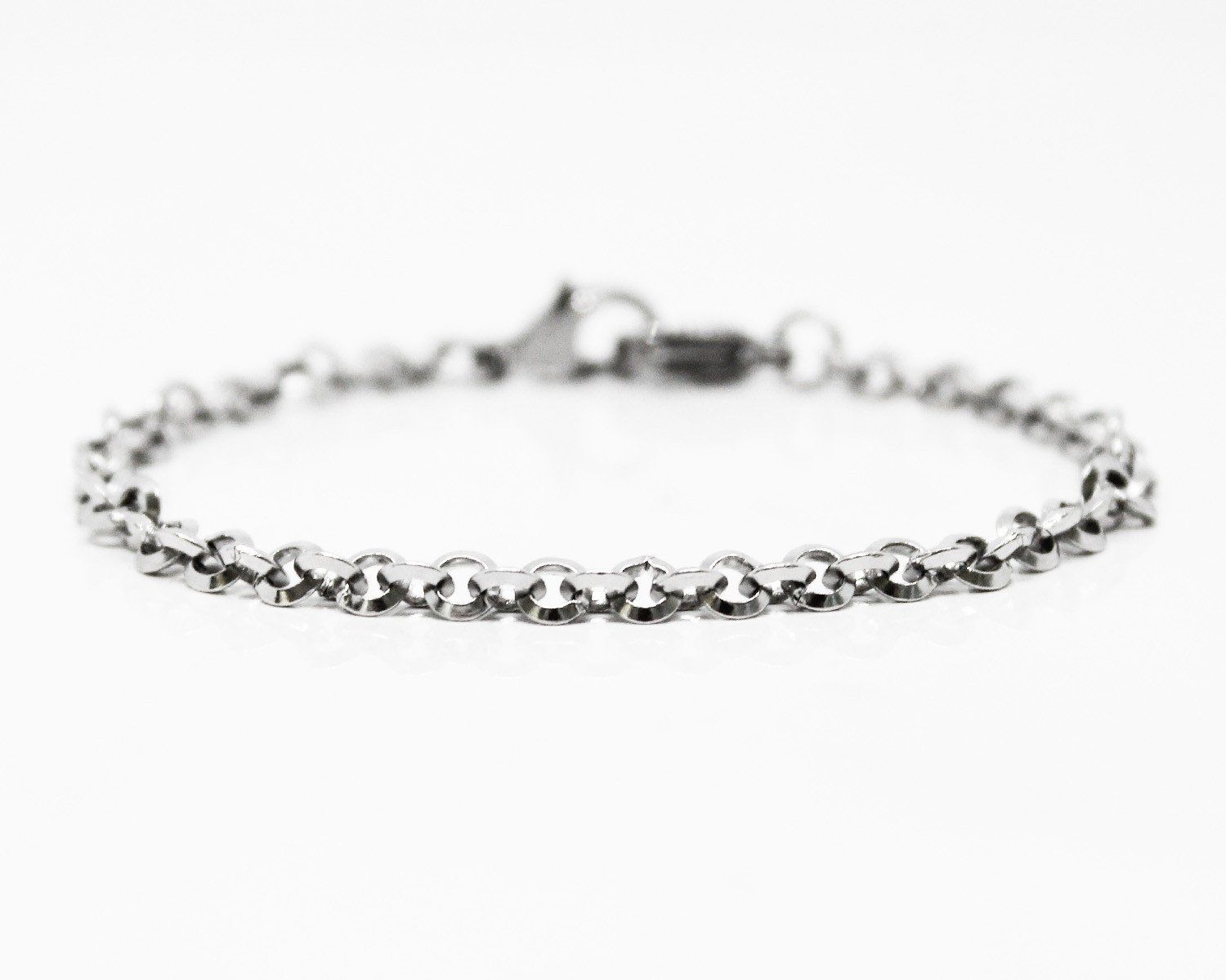 Des Liens stainless steel chain. Men's jewelry and menswear