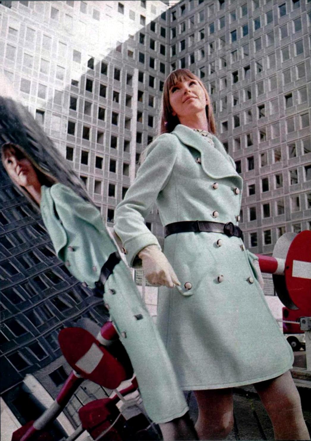 L'Officiel Magazine 1968, Ungaro pale blue wool coat double breasted 60s belt model magazine vintage fashion 60s style