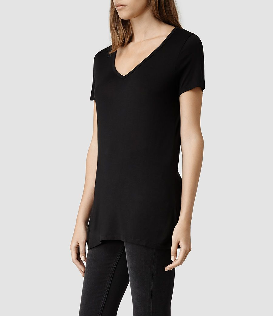 Tshirt - could add/remove black hoodie   Mash   Pinterest