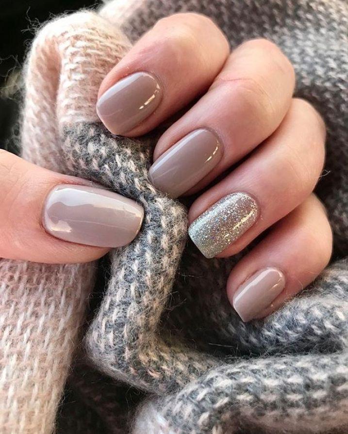 39 Ongles D Automne A La Mode Art Designs Idees Pour Regarder Automne Et Charme Automne Nai Short Acrylic Nails Neutral Nails Short Square Nails