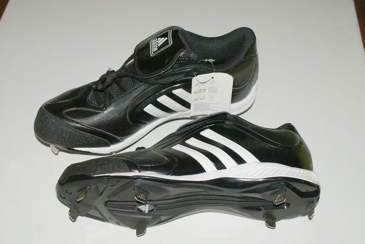 3e85a80b6a5f5 Vendo zapatos para beisbol. Marca Adidas originales. Completamente nuevos.  Interesados enviar email a  dmentecreativa gmail.com