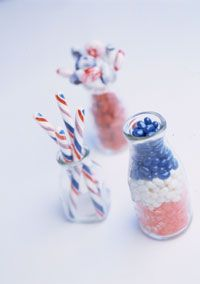 Layer the colors of independence in country milk bottles for a fun and festive holiday display./