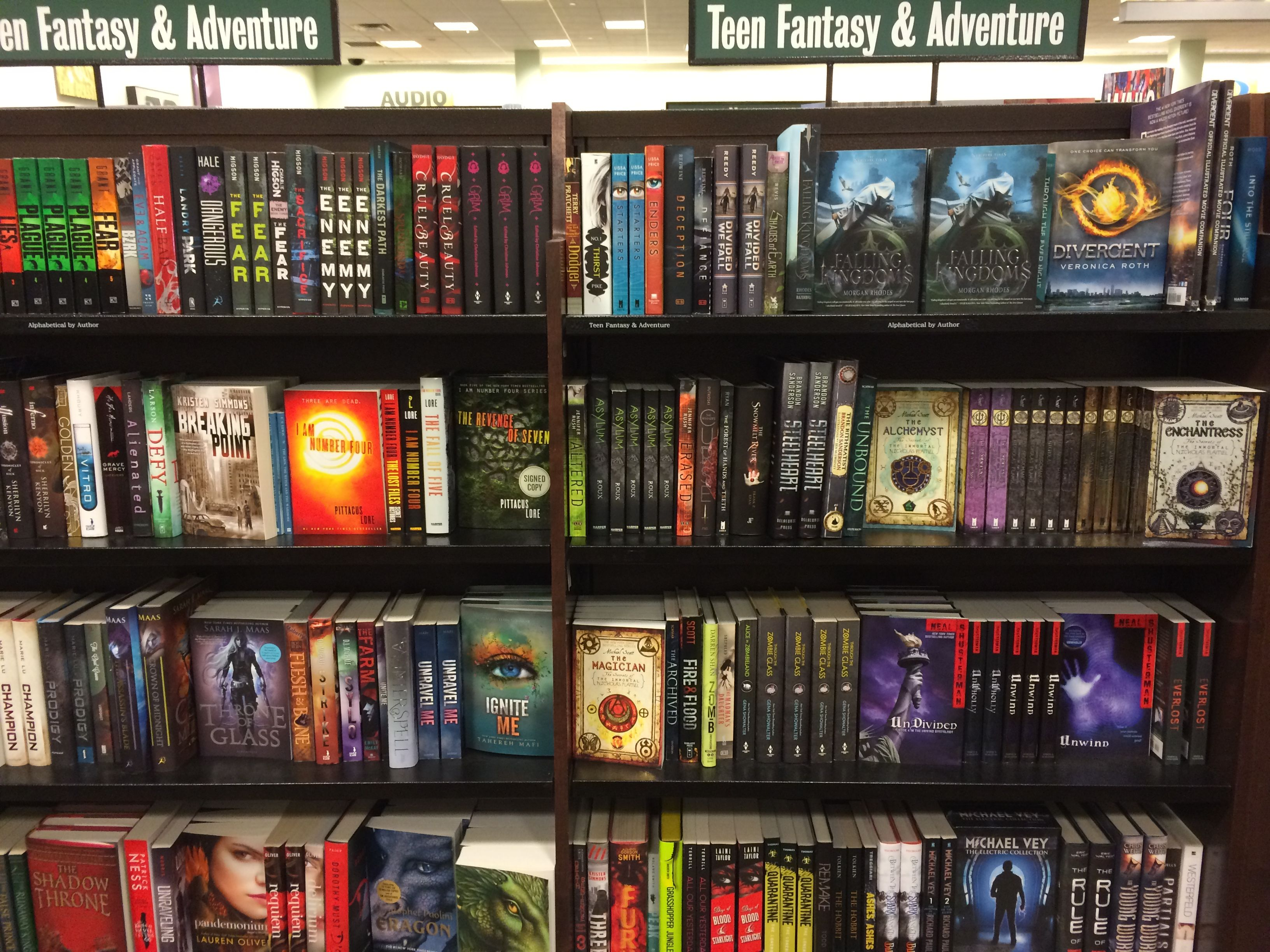Teen Sci Fi book covers at Barnes Noble
