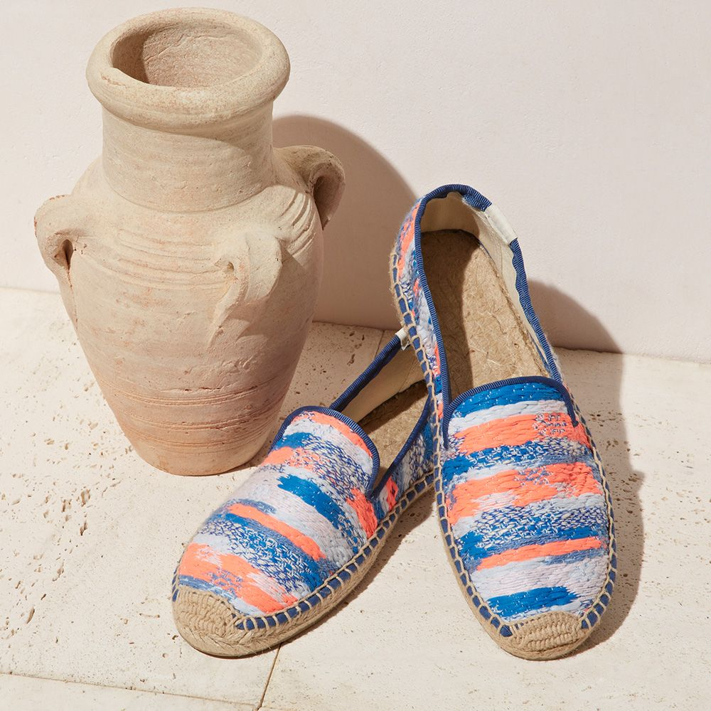Soludos Malia Kent Smoking Slipper in static blue neon orange is perfect to spice up your summer wardrobe