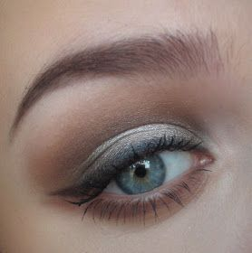 love thing...: Sultry Naked2 Eyes - could do this with naked 1. I like how it's dark on the outer and inner and then there's a pop in the middle