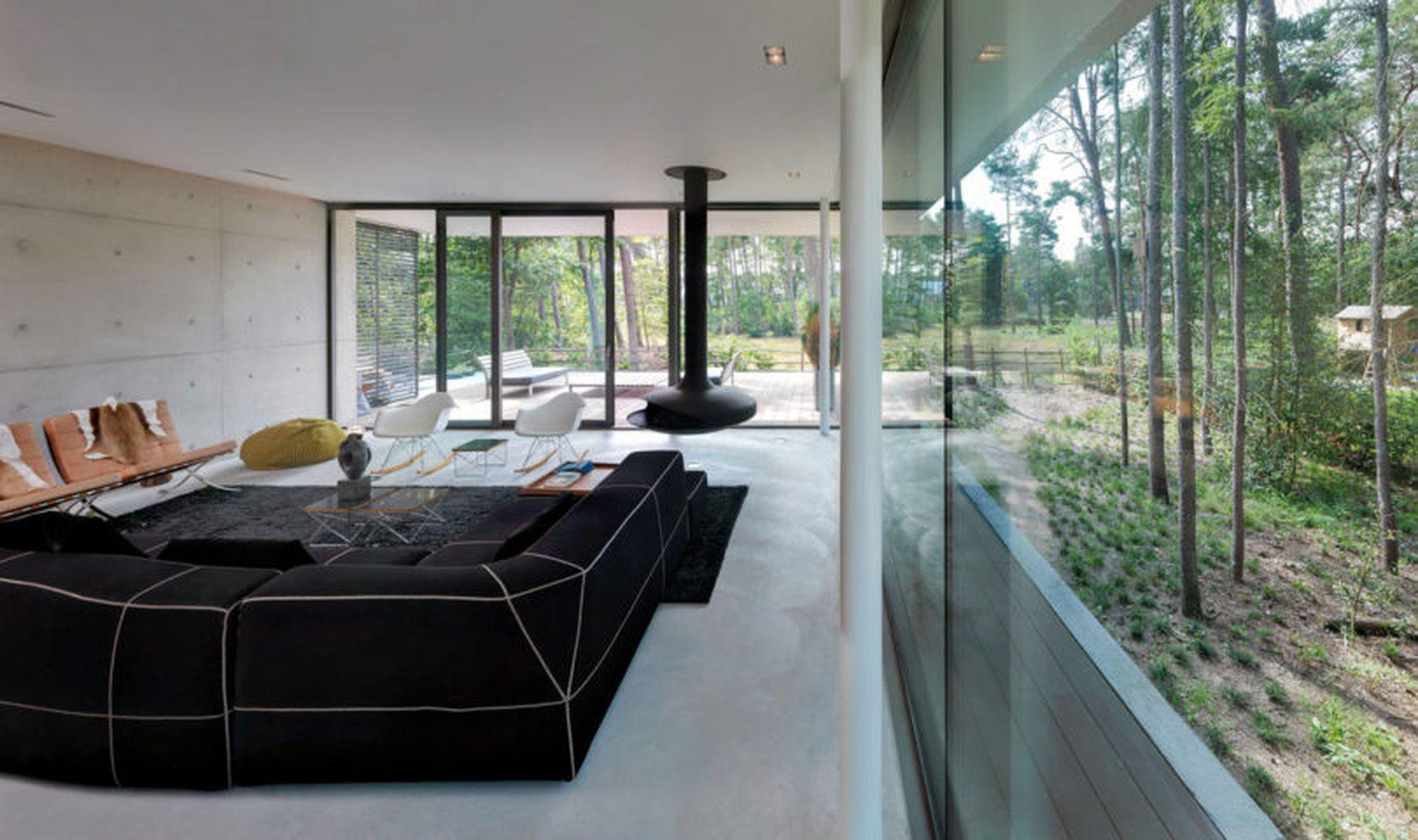Concrete House Hides Glass Walls And Nature Views Architecten