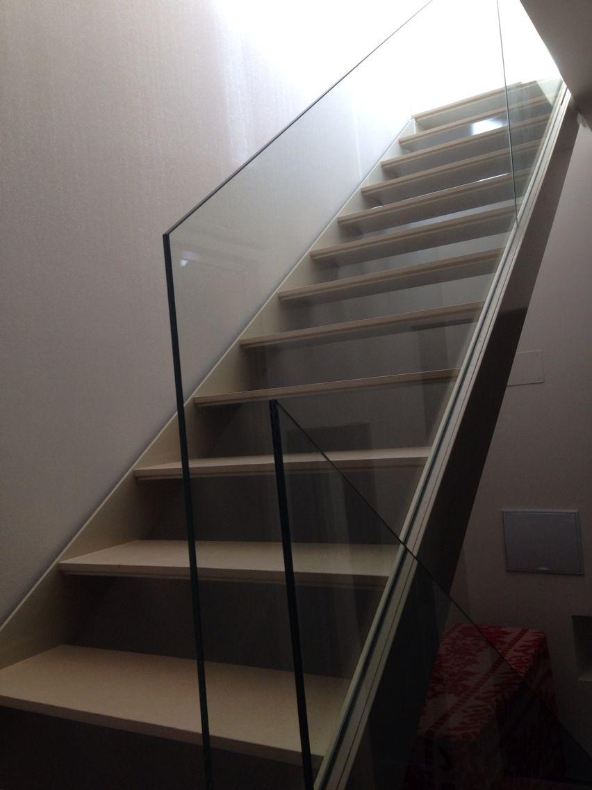 Escalera de acero y vidrio escaleras metalicas - Escaleras de vidrio ...