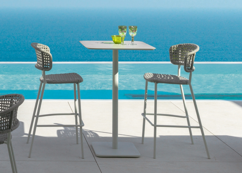 Chaise De Bar Chaise Haute De Qualite Pour Exterieur Chez Ksl Living En 2020 Chaise Bar Chaise Haute Chaise Haute Design