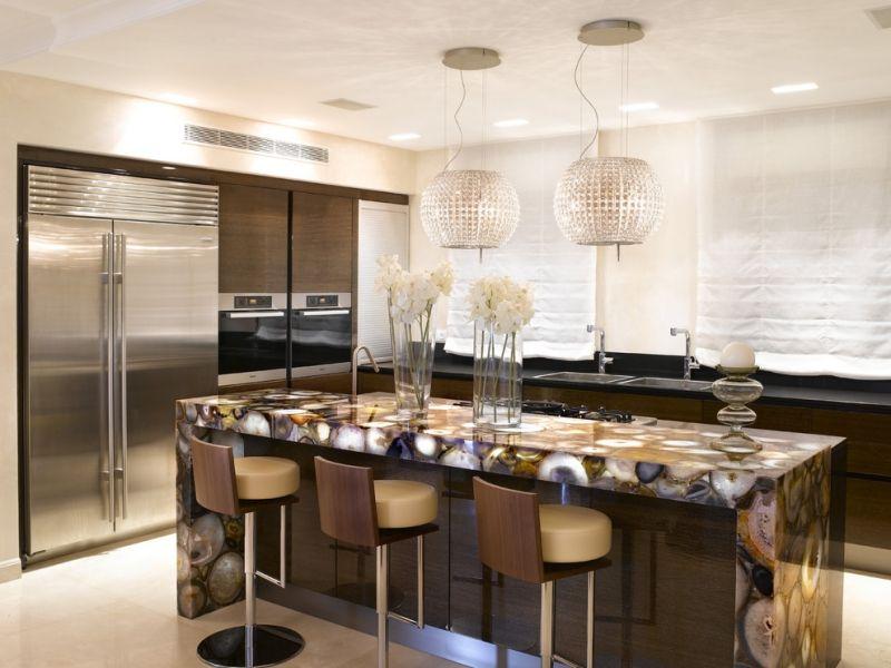 Moderne Dunstabzugshaube Glitzer Elemente Kochinsel Marmor Design