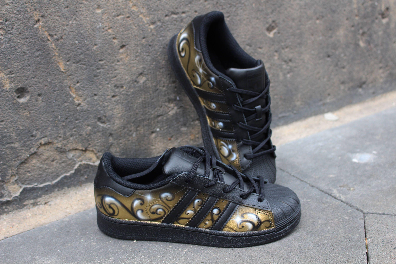 DacCrewAirbrush | A4 Sneakers | Adidas schuhe, Schuhe und