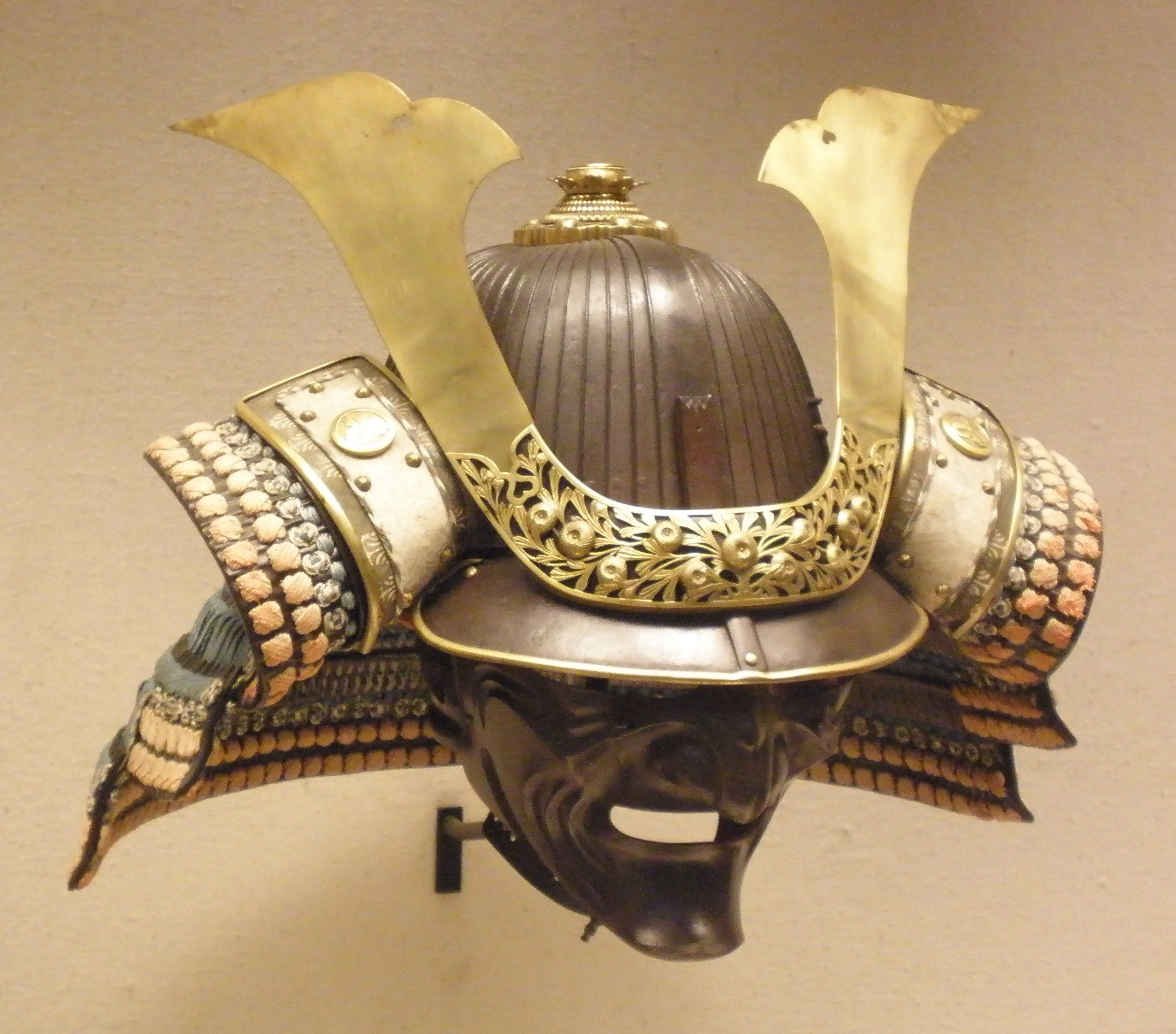 samurai helmet and mask some questions about the samurai. Black Bedroom Furniture Sets. Home Design Ideas