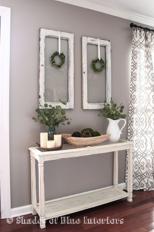 Living Room Decor   Rustic Farmhouse Style With Painted White Console  Table, Old Window Frames
