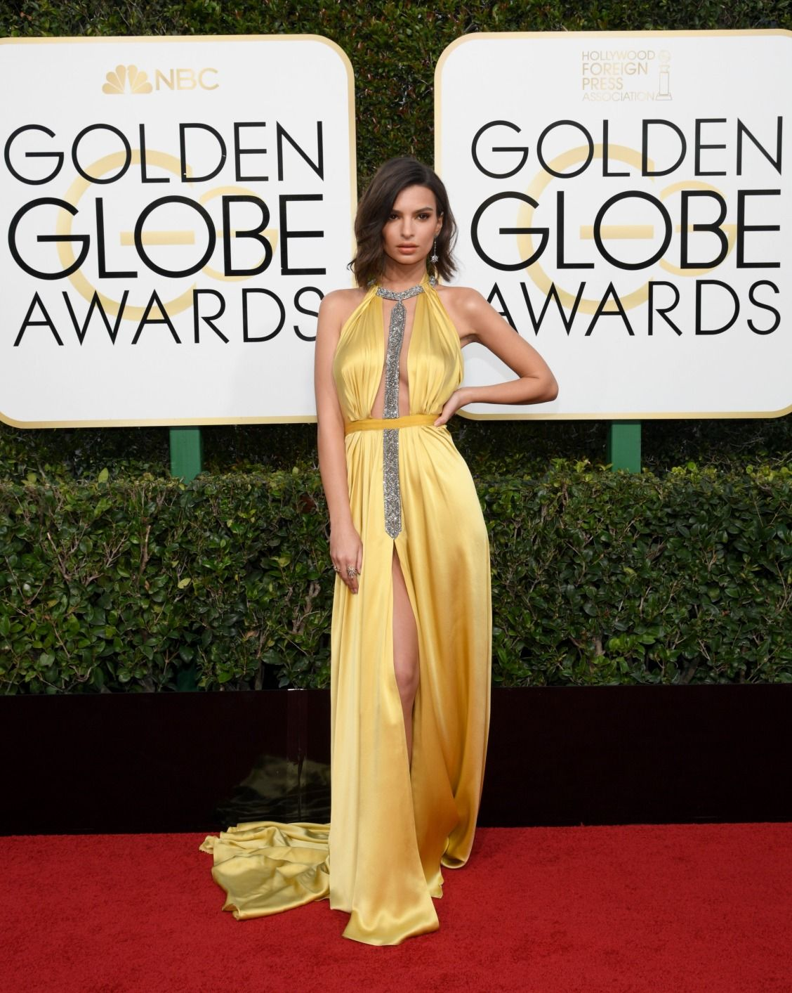 9274ae10900 Golden Globes 2017  all the celebrity dresses from the red carpet. Alta  Costura