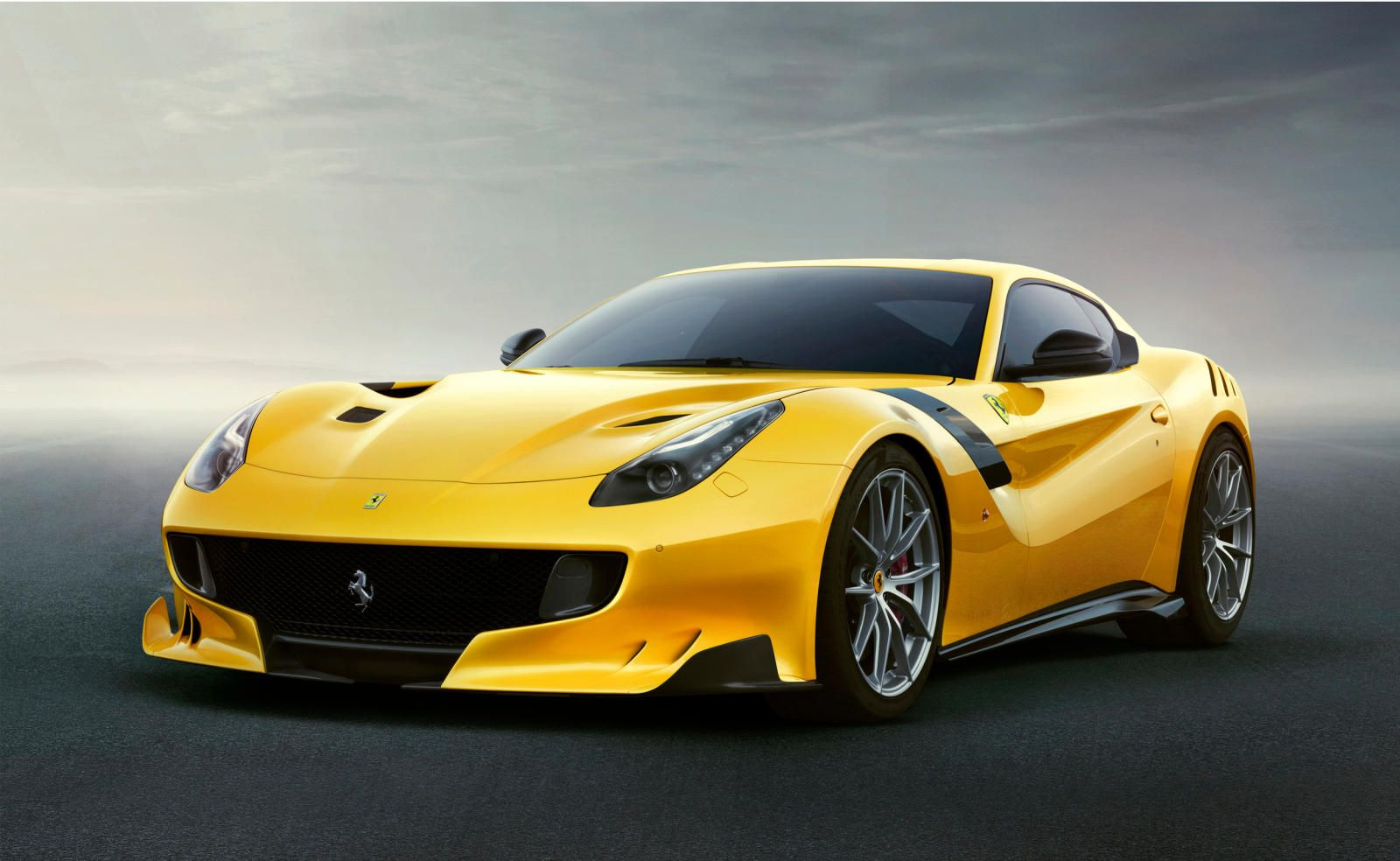Ferrari pays tribute to the Tour de France with the 769-hp F12tdf. An horsepower-filled homage to the legendary endurance race.