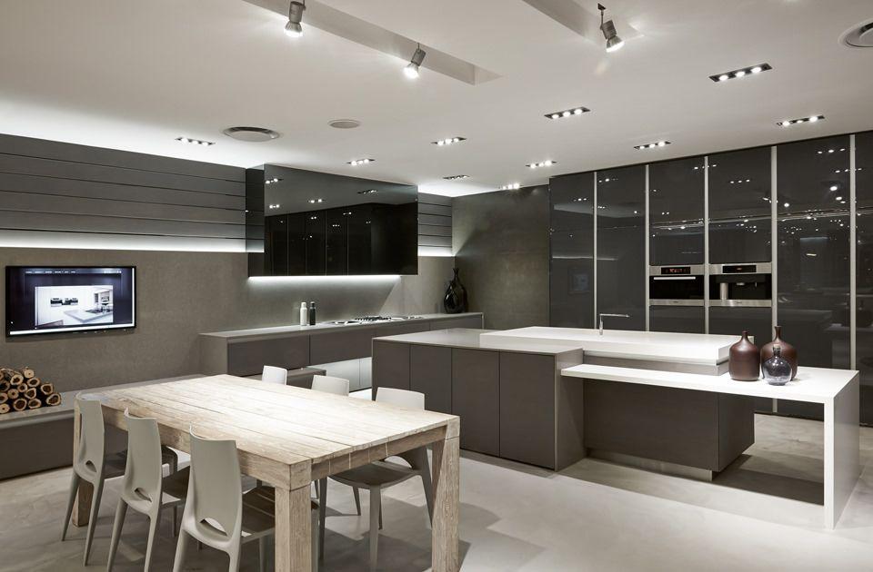 11_blu_line_kitchen_showroom.jpg