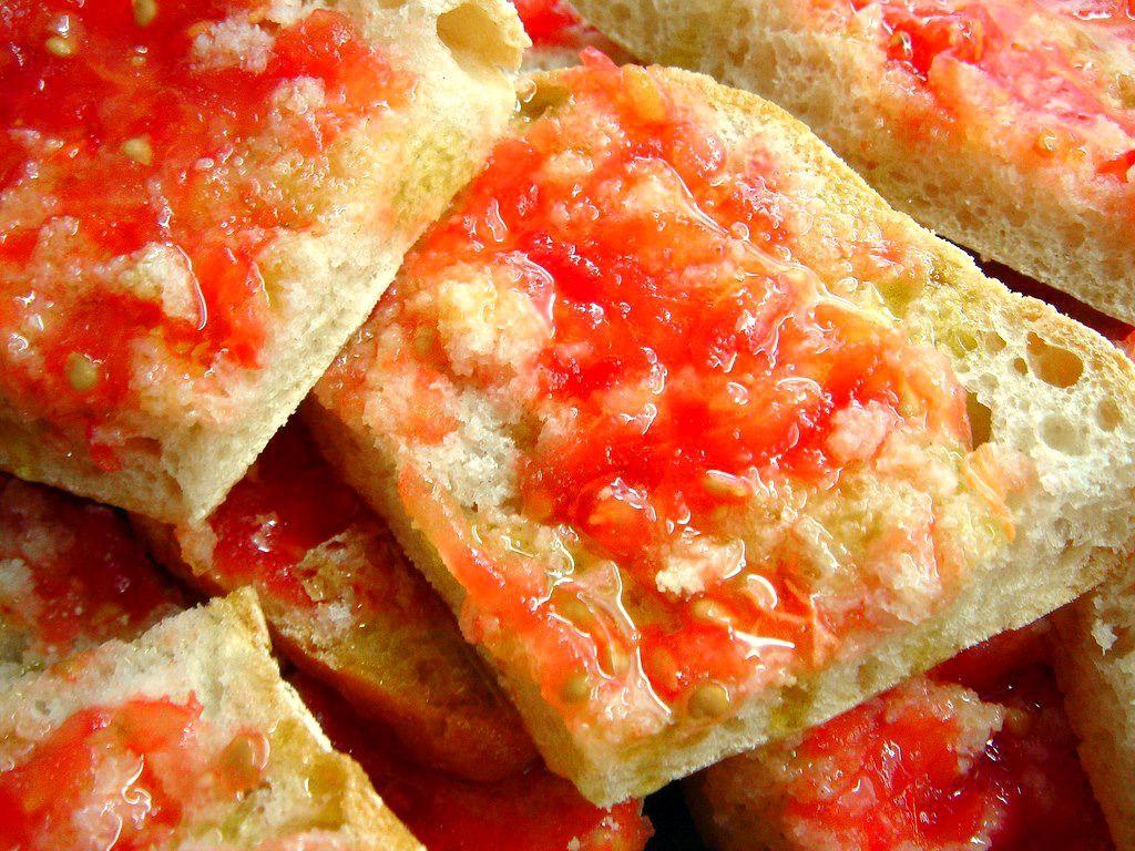Pa Amb Tomaquet (Pan Con Tomate)