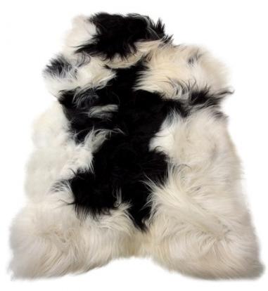 peau mouton islandais noir et blanc poils longs black and white long hairs icelandic sheepskin. Black Bedroom Furniture Sets. Home Design Ideas