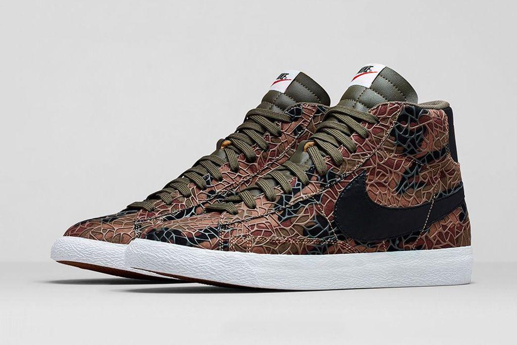 Image of Nike Blazer Mid Premium Vintage