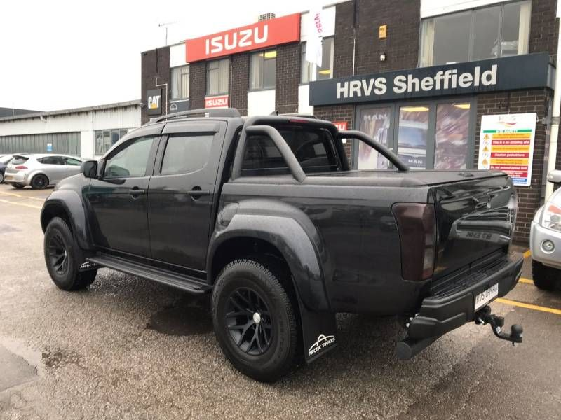 second hand isuzu d-max 1.9 arctic truck at35 double cab 4x4 for