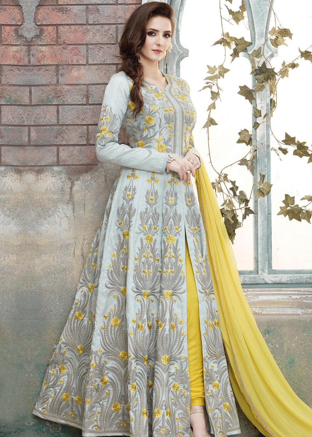 6fdfc255f6 Grey Art Silk Front Slit Suit in 2019 | ملابس هنديه | Designer party ...