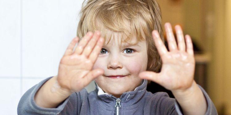 Gel Hydroalcoolique A Eviter Chez Les Enfants Bebe Gel