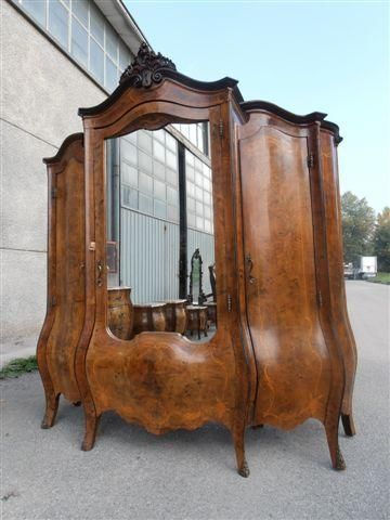 BEAUTIFUL ANTIQUE ITALIAN WALNUT INLAID MONUMENTAL BEDROOM SET ARMOIRE  12IT052A