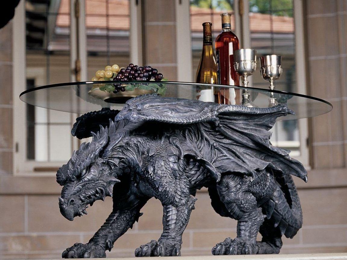 Design toscano warwickshire dragon glasstopped coffee table