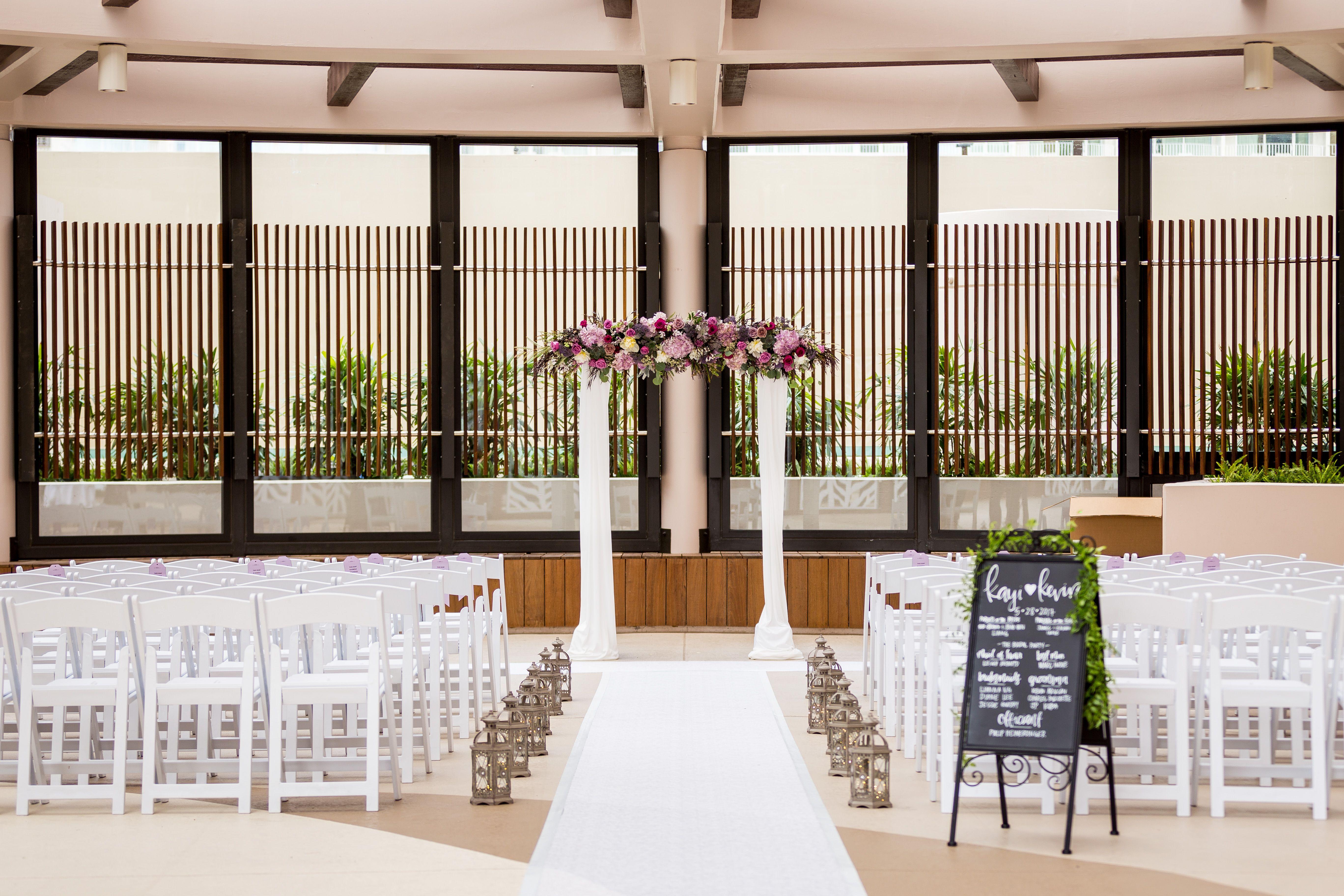 Partially outdoor wedding venue in Hawaii at the Prince ...