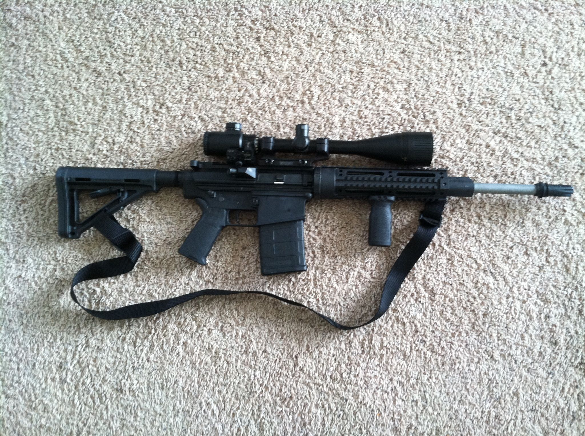 DPMS LR-308 Recon, Magpul stock, grip, VFG, and magazine, Warne