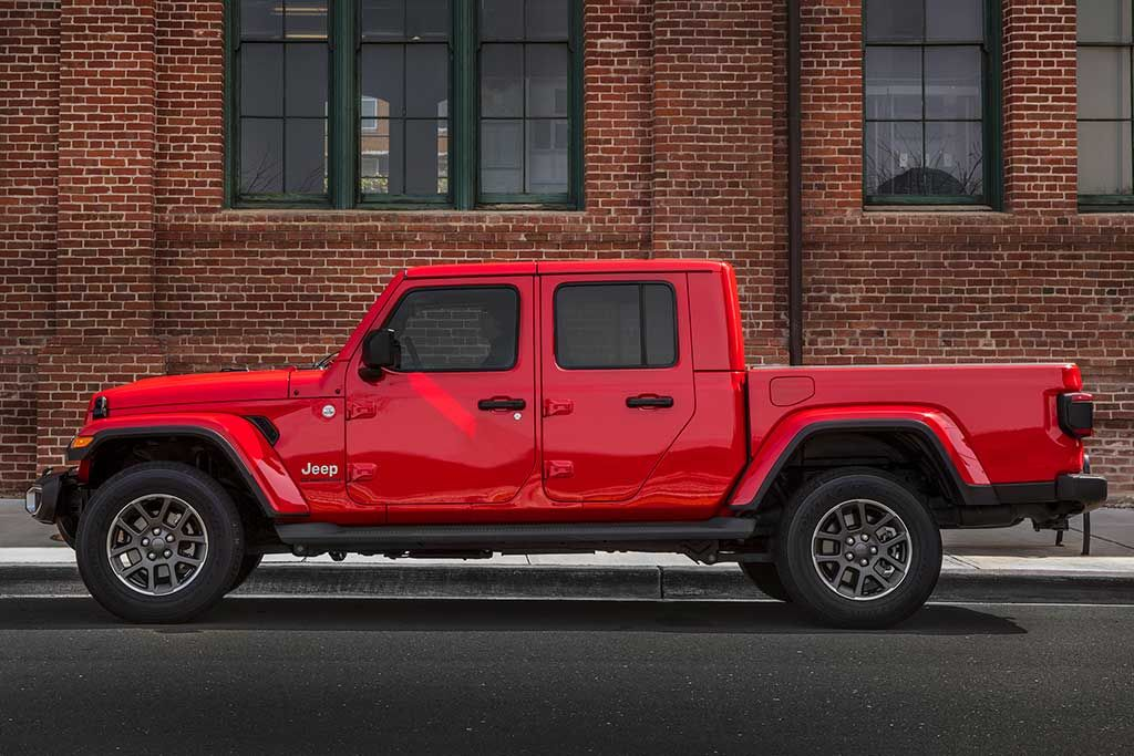 2020 Jeep Gladiator Review Jeep Gladiator Jeep New Pickup Trucks