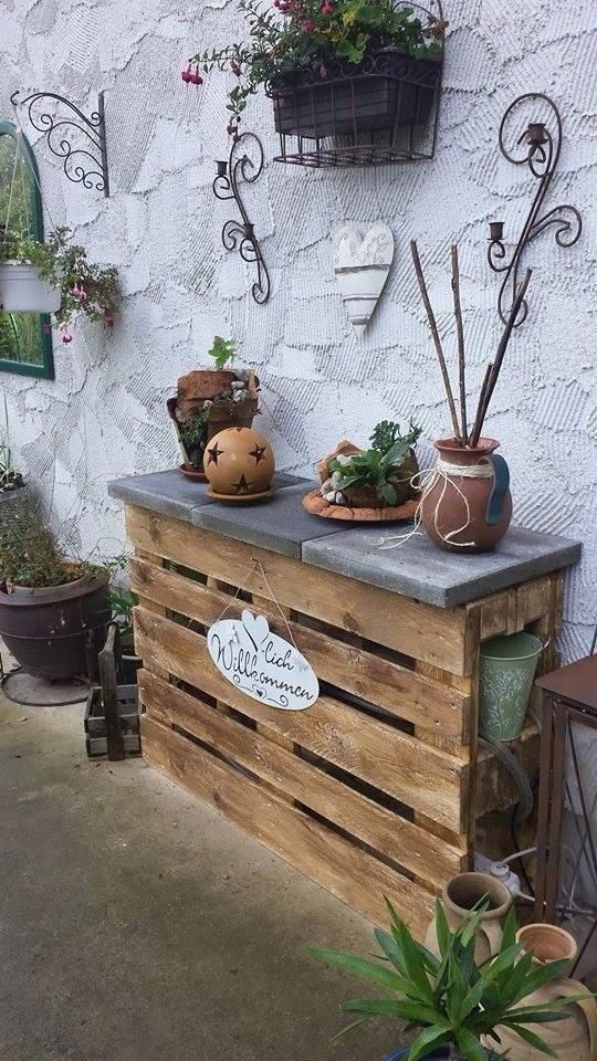 Photo of Pallet bar