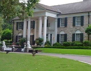 Elvis' Graceland Mansion - Memphis Tennessee   Been here and it is beautiful but sad at the same time:-) ):