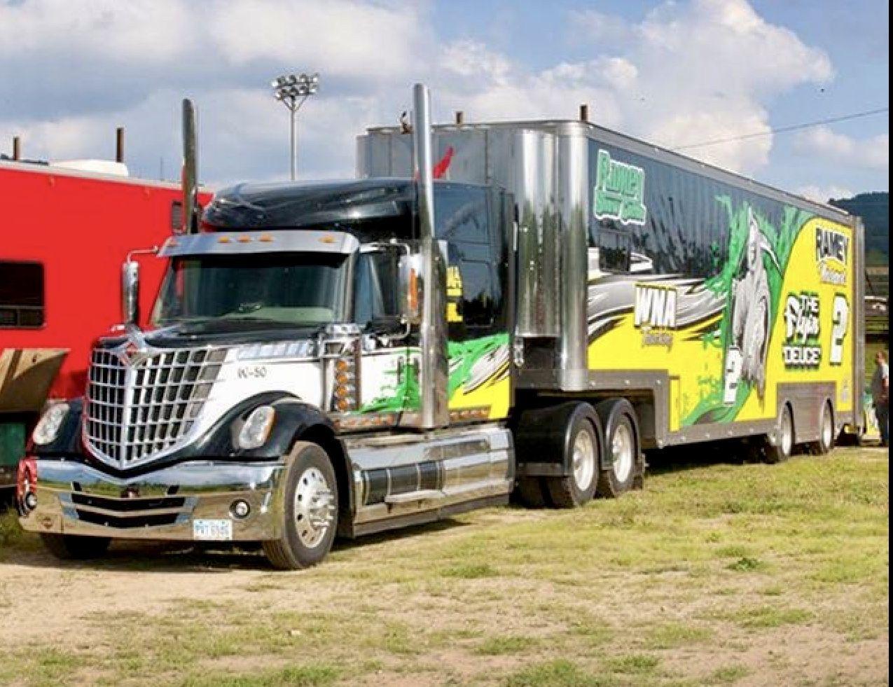 International Lonestar Hauler Transporter Racing Car
