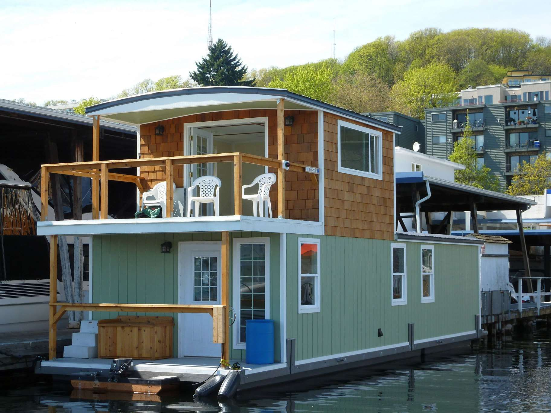 Seattle Houseboats Floating House Renting A House House Boat
