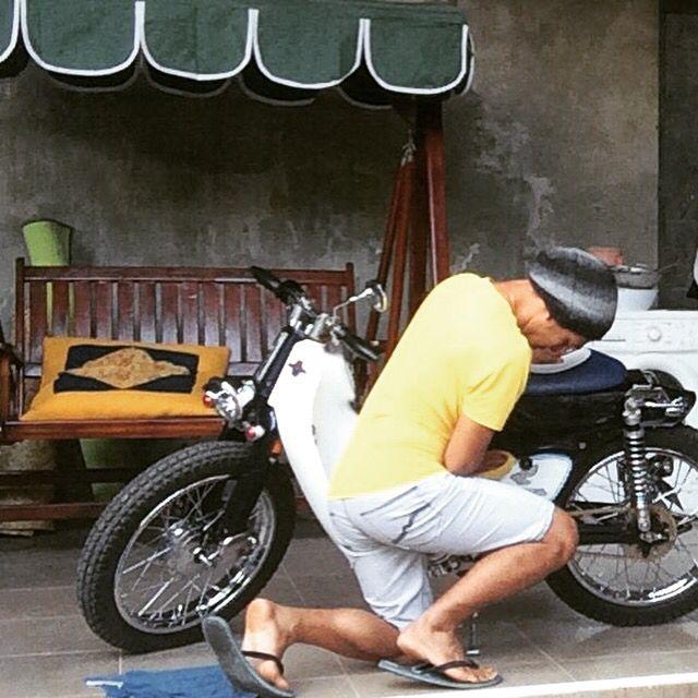 Romantisnya ama motor