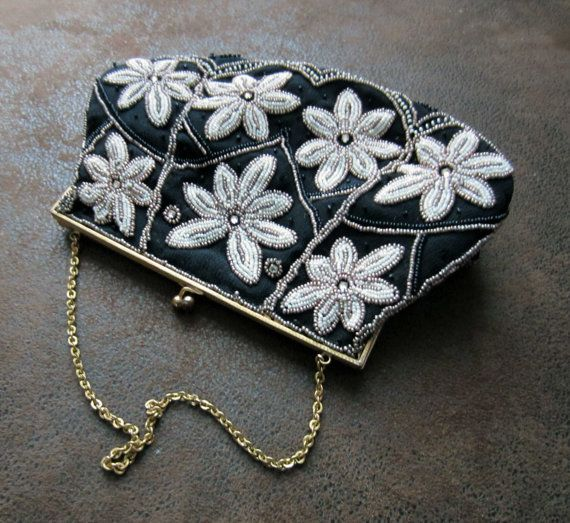 Former gorgeous PROM PURSE / handbag embroidered by lefrenchbazaar, €30.00