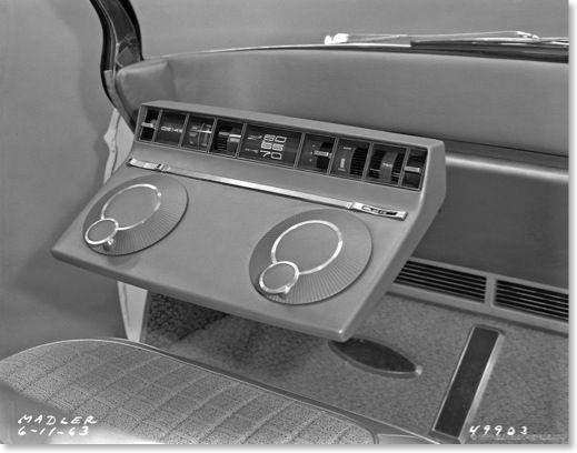 XP-784 instrument panel D-49903
