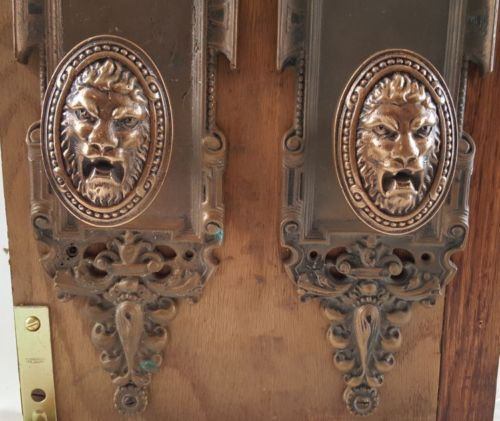 Oval Lion Doorknobs and Entry Door Plates--Reproduction Hardware