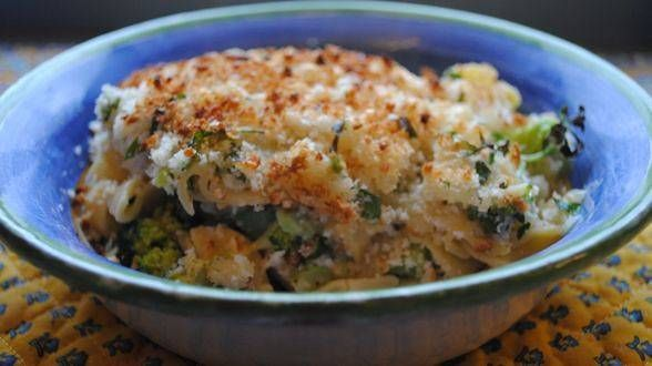 Rachel Ray RecipesC B Chicken Divan Egg Noodle Casserole Great Weeknight Meal