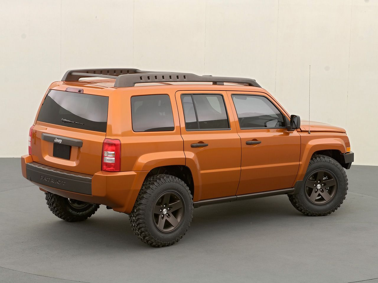 2006 jeep patriot 2006 jeep patriot sema concept rear and side 1280x960