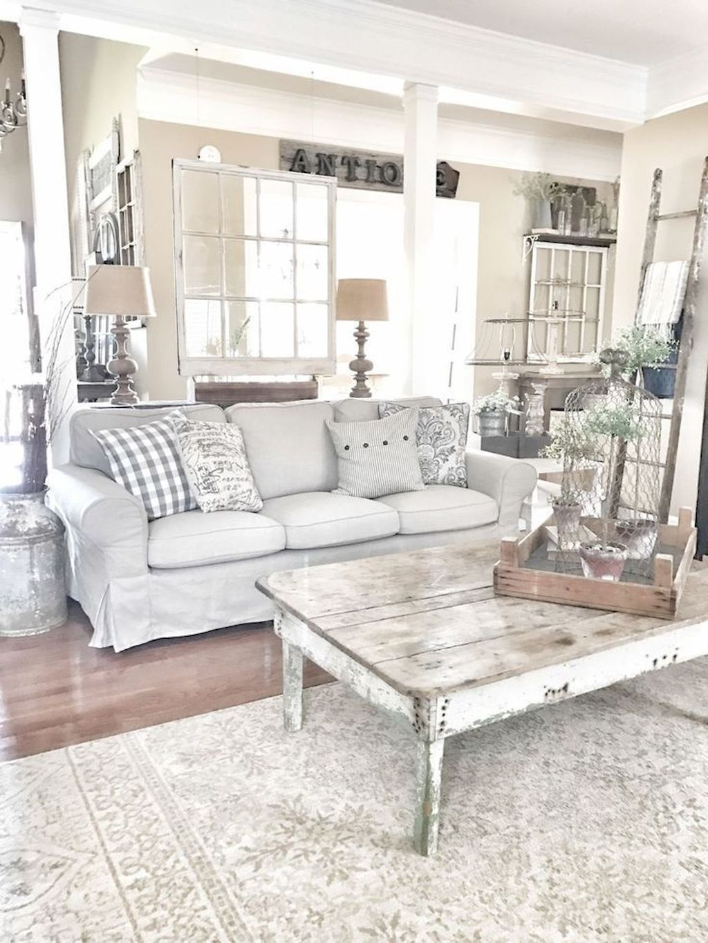 Farmhouse Living Room Design Ideas Remodels Photos: 38 Cozy Modern Farmhouse Living Room Decor Ideas