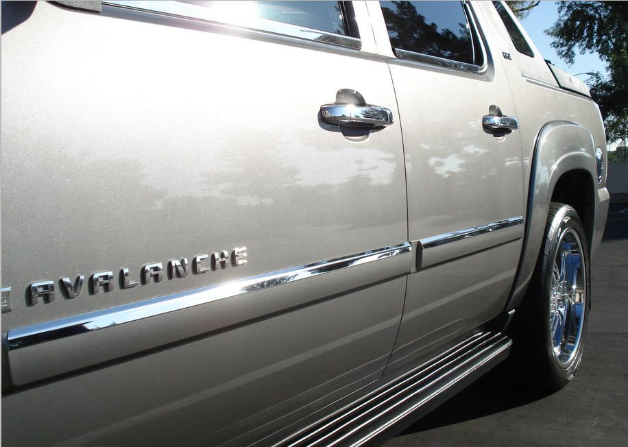 Chrome Stainless Steel Accent Bezel For Body Side Molding For 2007 And Up Chevy Avalanche Chevy Trucks Chevy Avalanche Gmc Trucks