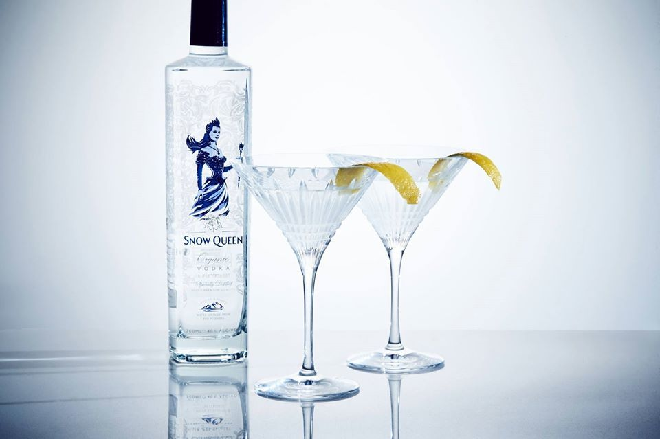 60ml Snow Queen Organic Vodka COCKTAIL RECIPE SNOW QUEEN